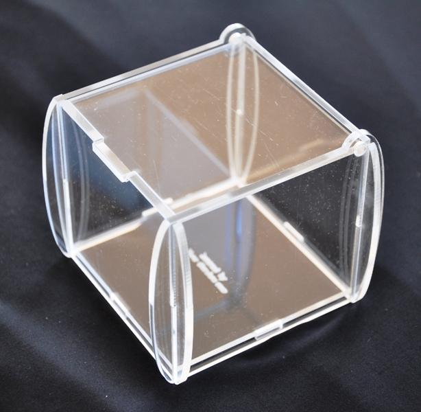 Newgardensas scatole in plexiglass polistirolo e cemento - Finestre in plexiglass ...